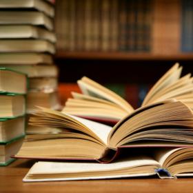 Informace ke státním zkouškám a obhajobám závěrečných prací na KMSD v září 2021